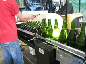 degorgement2_Champagne_Pelissot_wikichampagne_Ezio_Falconi