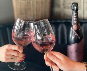 Signature_Rosé_Impérial_Arimo_American_Champagne_Bar_Ezio_Falconi
